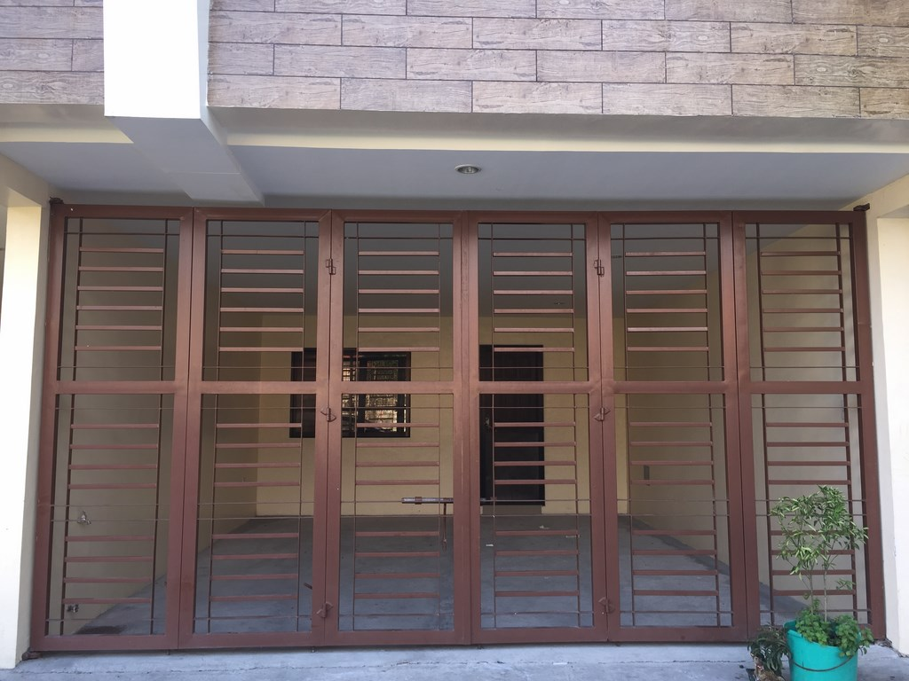 Simple Two Car Garage 92048vs: Simple 2 Car Garage House For Sale In Betterliving (Brand